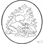 Knutselen Prikkaarten - Kerstboom prikken